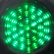 picture of a green traffic light